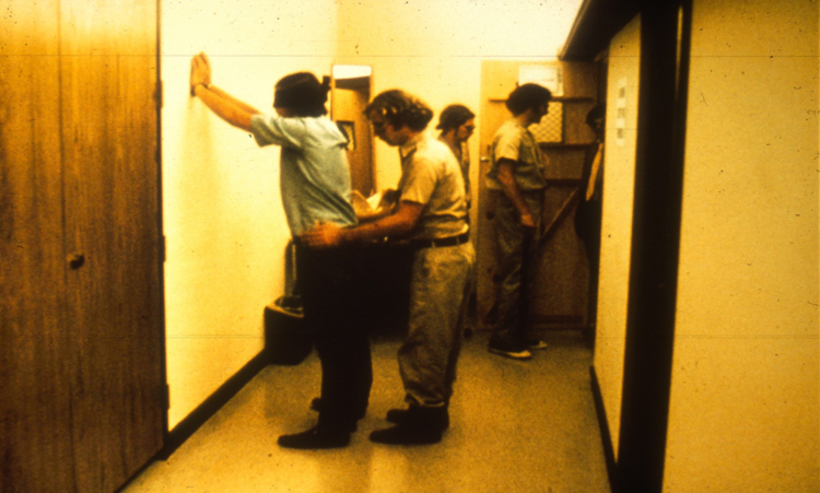 Stanford Hapishanesi Deneyi ve Sinema Uyarlamaları