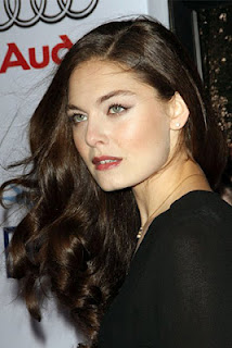 Alexa Davalos - Body, Boobs, Breasts, Butt, Eyes, Face, Feet, Legs, Hair, Lips, Smile, Hot,Sexy