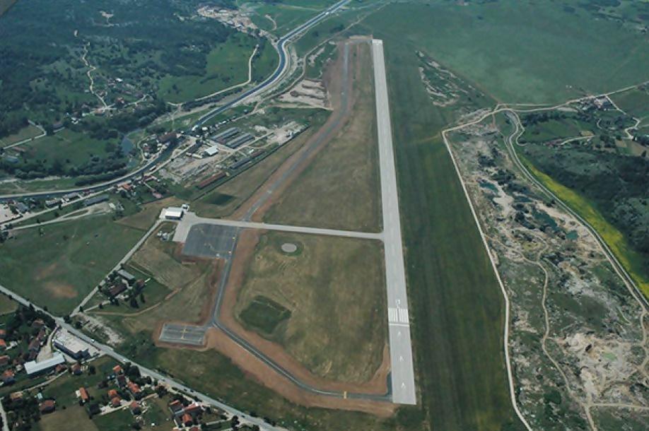 Brnabić : Srbija će graditi aerodrom Trebinje Niksic1