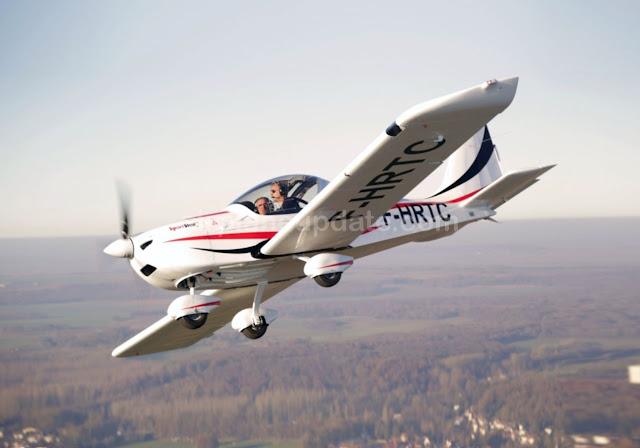 Evektor SportStar RTC light sport aircraft
