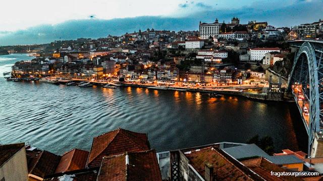 Cidade do Porto vista de Vila Nova de Gaia, Portugal