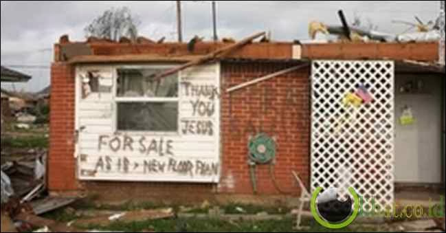 Selamat Dari Tornado