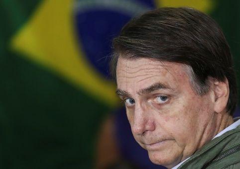 Bolsonaro niega intervenir Venezuela pero insiste en injerencia