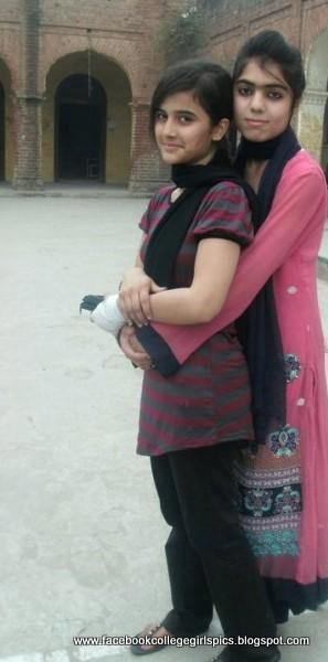 Most Beautiful Girls On Facebook Profile Photos 30 Pics -5337