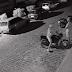 Câmera de segurança flagra elementos furtando moto em Cajazeiras