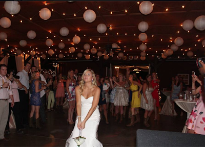 Bouquet Toss Blog