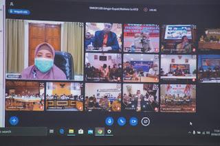 Gelar Rapat Online, Gubernur Minta Bupati/Walikota Tidak Abai Soal Sosial Ekonomi Masyarakat