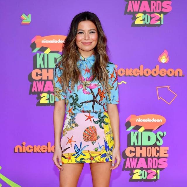 Miranda Cosgrove at Nickelodeon's 2021 Kids' Choice Awards in Santa Monica