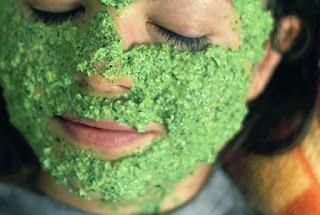 Masque à la menthe rafraîchissant pour l'été