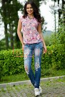 Bluza cu imprimeu floral mov lila