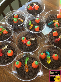 http://daughtersandkindergarten.blogspot.com/2016/10/pumpkin-patch-pudding-cups.html