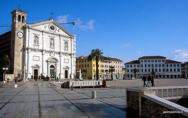 Piazza Grande (Palmanova, Italia)