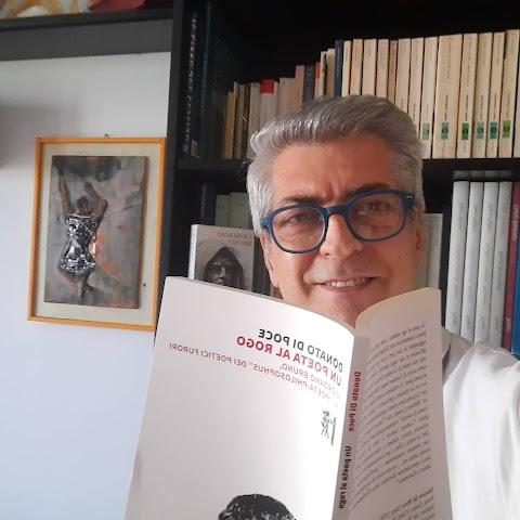 RESEÑA Un poeta a la hoguera. Giordano Bruno visto por Donato Di Poce  **El estudio de Di Poce intenta además posicionar la obra lírica de Bruno como una de las principales precursoras de la renovación literaria del Renacimiento italiano   Hiram Barrios