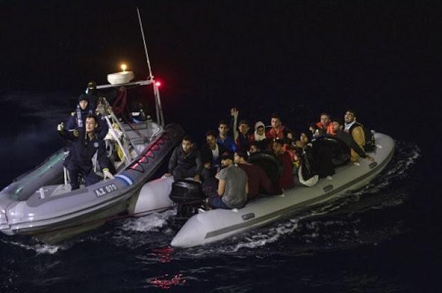 Die Welt: Μόνο ένας στους 50 μετανάστες επιστρέφει από την Ελλάδα στην Τουρκία