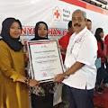 Pendonor Darah Sukarela Terima Penghargaan dari PMI Klaten