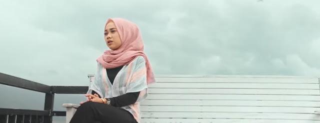 Lirik Lagu Hanya Ingin Bahagia - Cut Zuhra (2019)