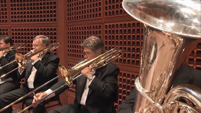 Mengenal Alat Musik dalam Orkestra versi Benjamin Britten - Blog Fisella - Trombone Tuba