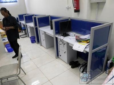 Meja Partisi Kembangdjati 6 Staff + Furniture Semarang ( Cubicle Workstation )