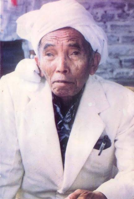 KH. Machrus Ali