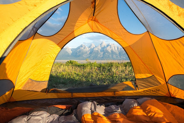 Summer Sleeping Bags - Which is the best to choose to stay warm during the summer camping season?
