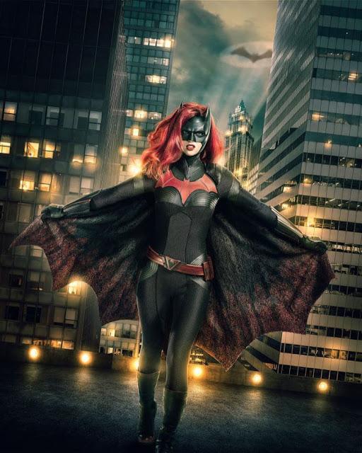 Ruby Rose caracterizada como Batwoman