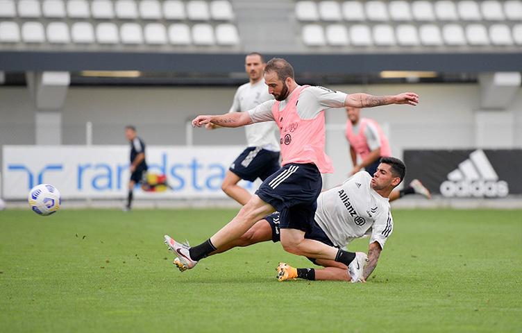 """Nicholas: """"Gonzalo više neće igrati u Italiji"""""""