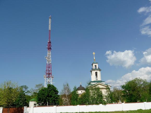 Херсон. Собор св. Катерини. 1786 р. Телевізійна вежа. 2005 р.