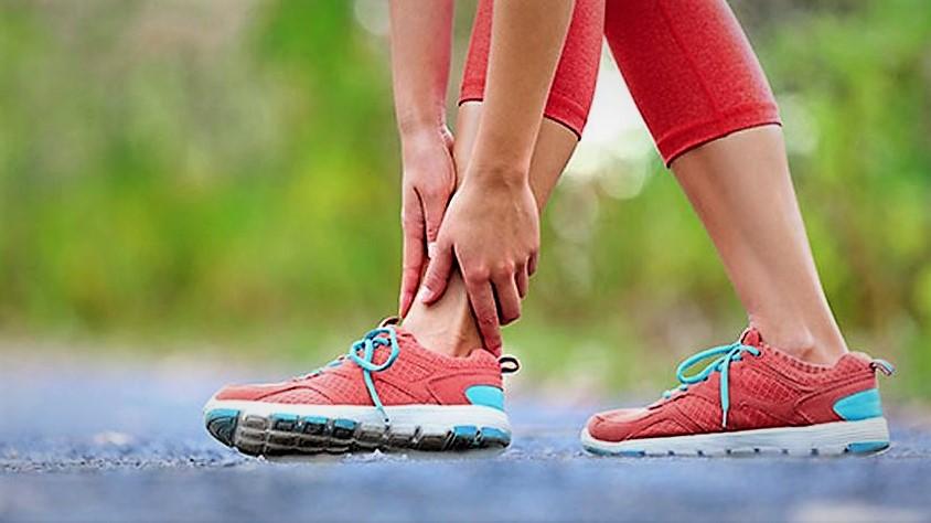 Yanlış ayakkabı seçimi stres kırığı nedeni