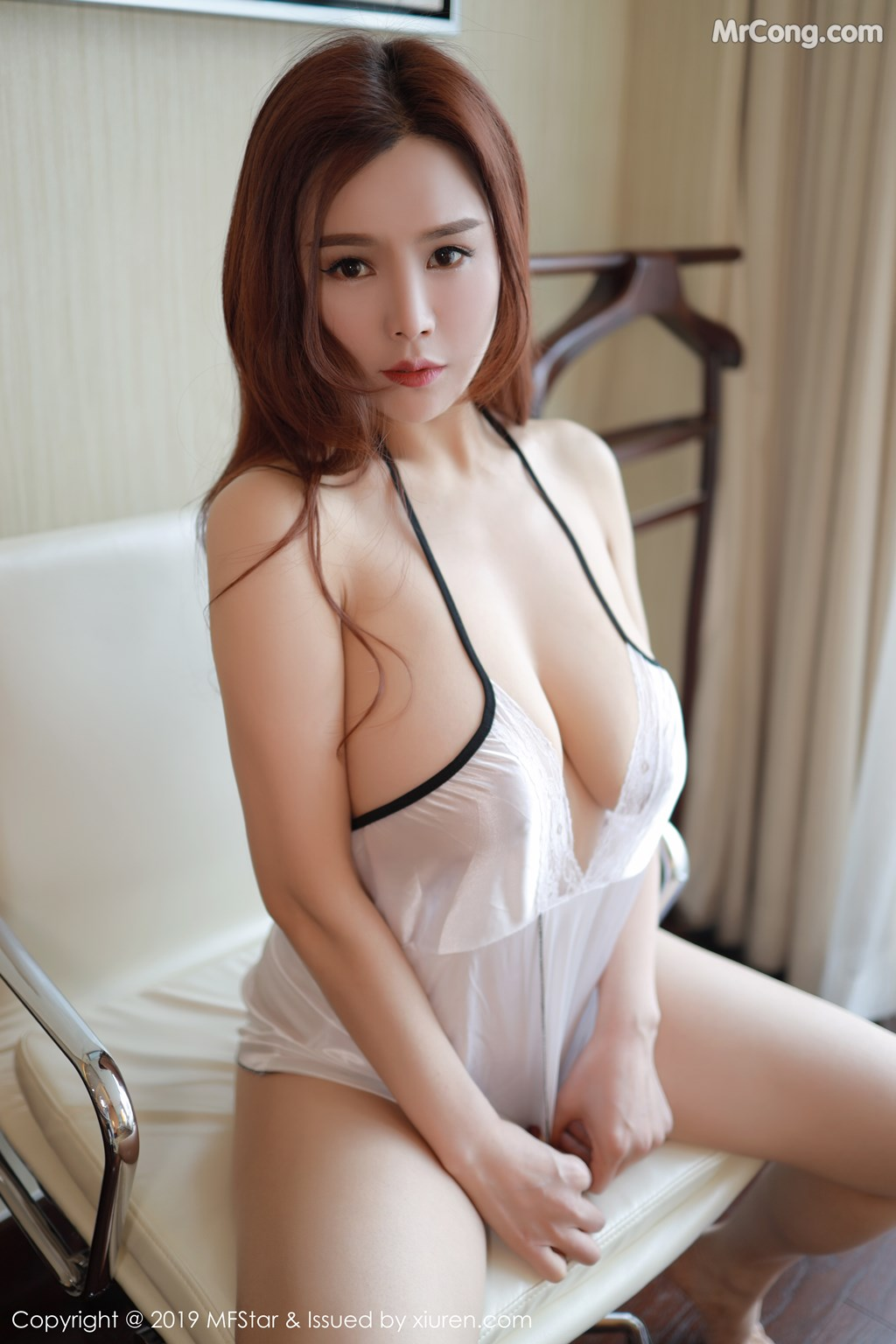 Image MFStar-Vol.185-201712-MrCong.com-003 in post MFStar Vol.185: 胡润曦201712 (41 ảnh)