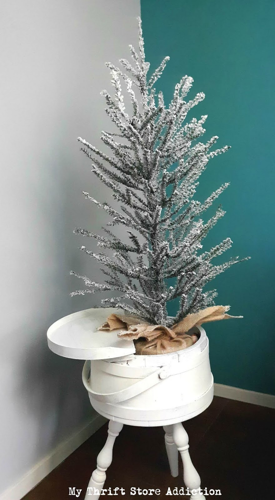 farmhouse Christmas tree stand