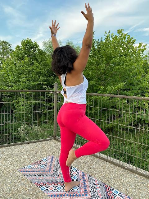 black yogi in Fabletics