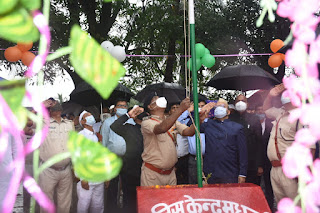 dm-madhubani-hoist-flag-tri-color