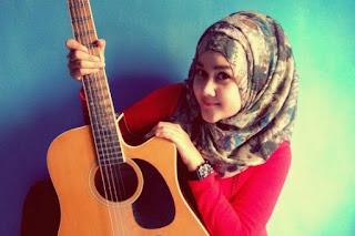Sharavina Gadis Muda Asal Jogja Cari Jodoh