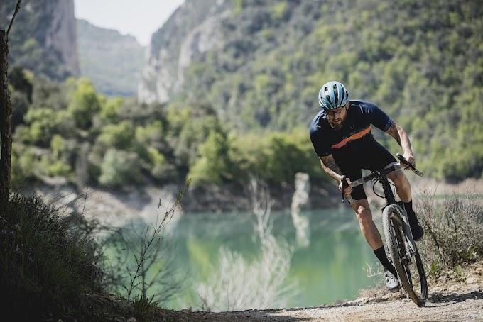 Sin rumbo fijo, una aventura de ciclismo gravel - David Chacon