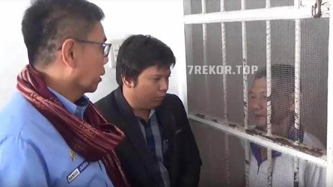 Hanya Gegara Mengambil Sisa Sadapan Getah Karet Kakek Renta Ini di Vonis 2 Bulan Penjara