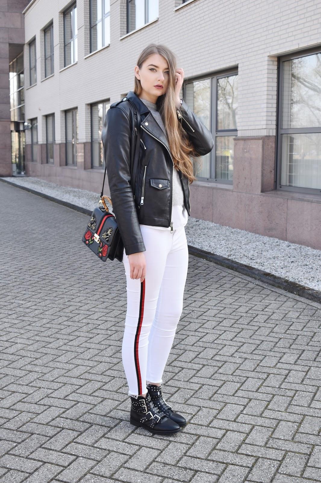 jak nosić białe spodnie