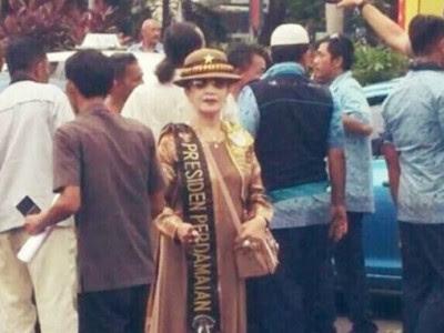 Menguak Sosok Presiden Perdamaian di Demo Taksi Yang Masih Misteri