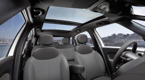 2017 Fiat 500L Pop Interior