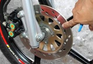 Tutorial Paling baik Memelihara Rem Cakram Sepeda Motor Supaya Tahan lama