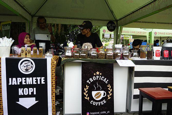 Stand kopi yang menarik perhatian