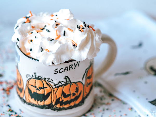 Scary Pumpkin Spice Hot Chocolate Drink