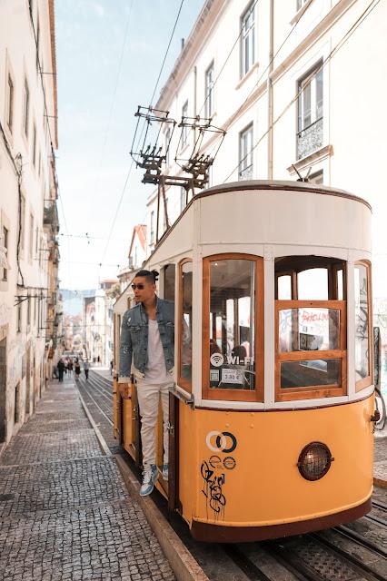 Leo Chan at Funicular da Bica Tram | Tips and Tricks