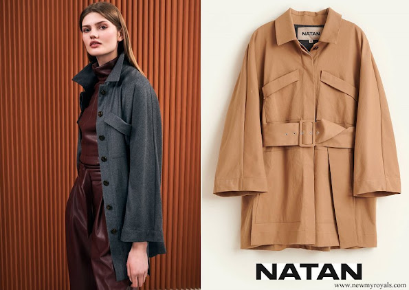 Dutch Queen Maxima wore Natan twill coat with pockets and belt