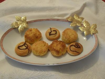 Galletas de coco y de mantequilla.