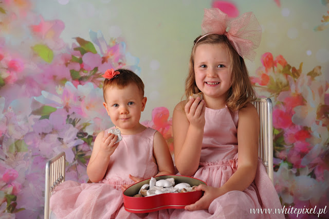 Stylowa fotografia portretowa dzieci, sesja stylizowana sióstr Lublin
