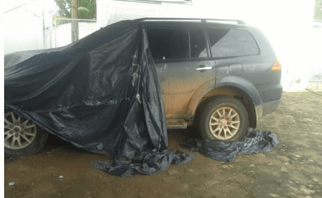 Camionetes de luxo compradas com dinheiro público de Rondônia apodrecem no pátio