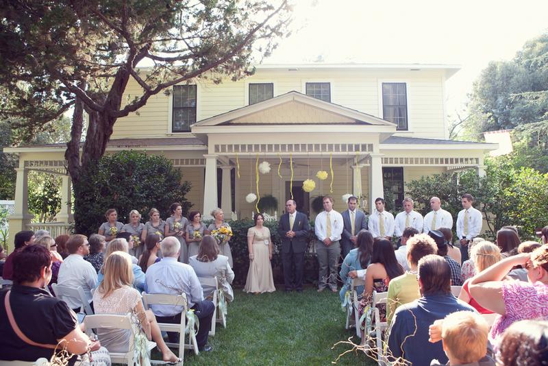 {Real Wedding} Kendra & Scott: Charming Vintage DIY