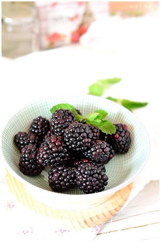 5 tipos de bayas: arándano, frambuesa, Goji, grosella y mora. Propiedades y beneficios de tenerlos en tu dieta