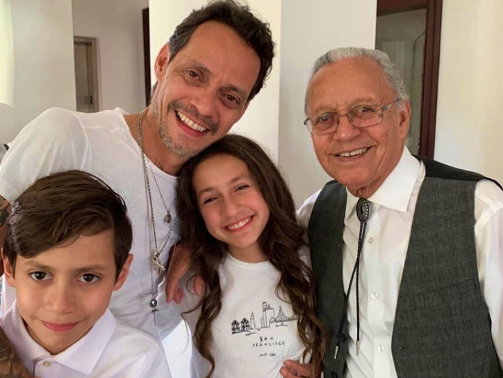 Marc Anthony celebra el cumpleaños de su padre con sus hijos Max y Emme