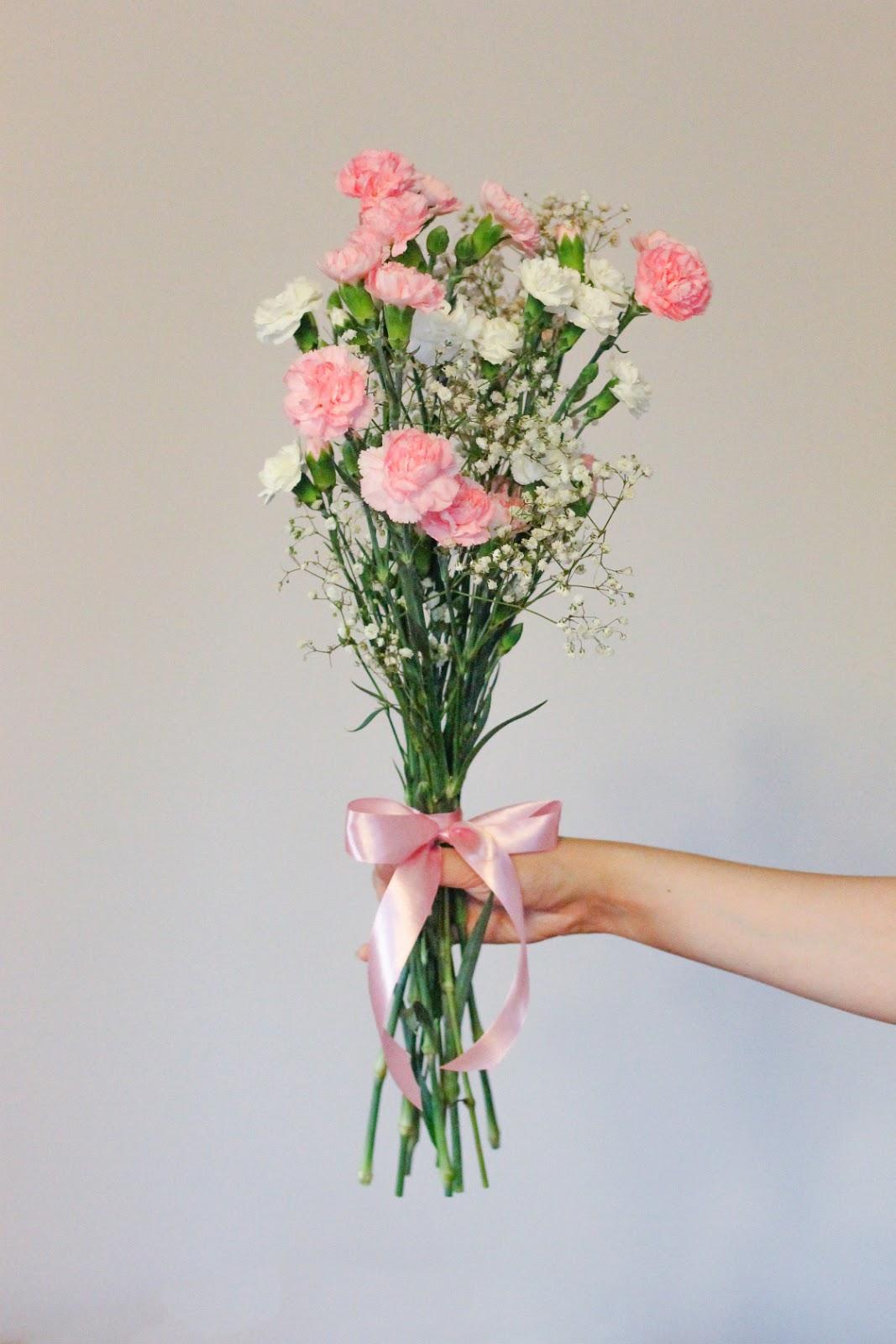kwiaty%2Bkobieta%2Bbi%25C5%25BCuteria%2B